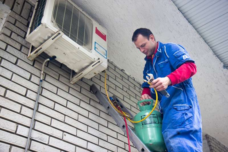 24 Hour Emergency Air Conditioner Repair Services in Hilltop