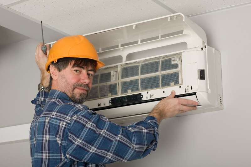 24 Hour Emergency Air Conditioner Repair Services in Garden City