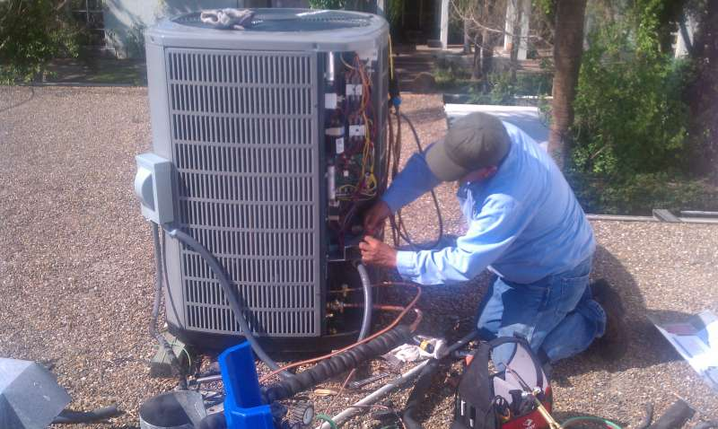 Emergency Air Conditioner Repair in Log Lane Village