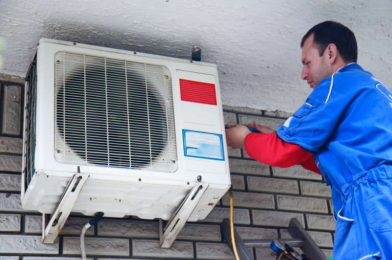 Emergency Air Conditioner Repair in Garden City